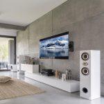 Tv living room with window